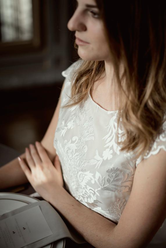 mariage-en-auvergne-détails-de-robe