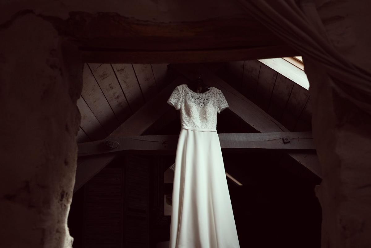robe de la mariee en auvergne gite du berger